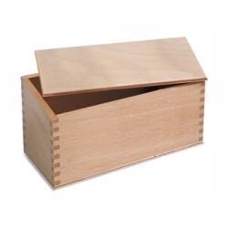 Дървена кутия за знаменца
